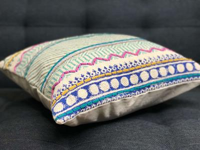 Hand Embroidery Cushion Cover with Colorful Thread